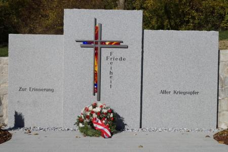 Kriegerdenkmal Segnung, am 1. November 2015